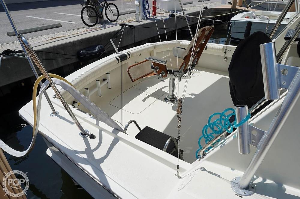 1988 Hatteras boat for sale, model of the boat is 48 Convertible & Image # 3 of 40