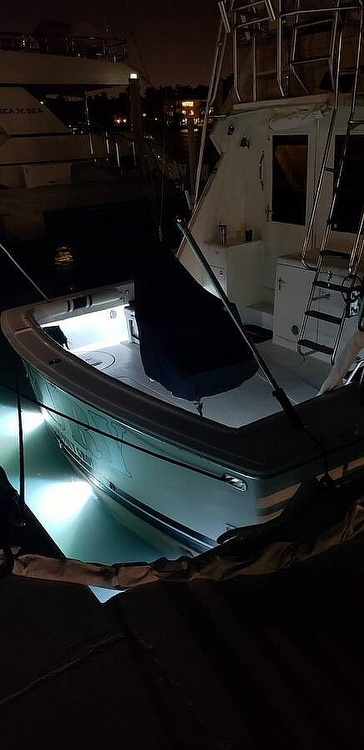 1988 Hatteras boat for sale, model of the boat is 48 Convertible & Image # 32 of 40