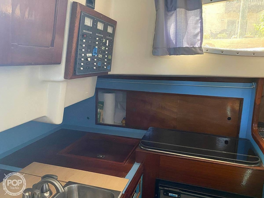 1973 Bristol boat for sale, model of the boat is 35 & Image # 5 of 14