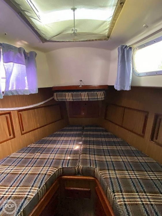 1973 Bristol boat for sale, model of the boat is 35 & Image # 10 of 14