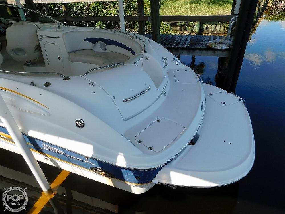 2003 Chaparral boat for sale, model of the boat is Sunesta 263 & Image # 13 of 40