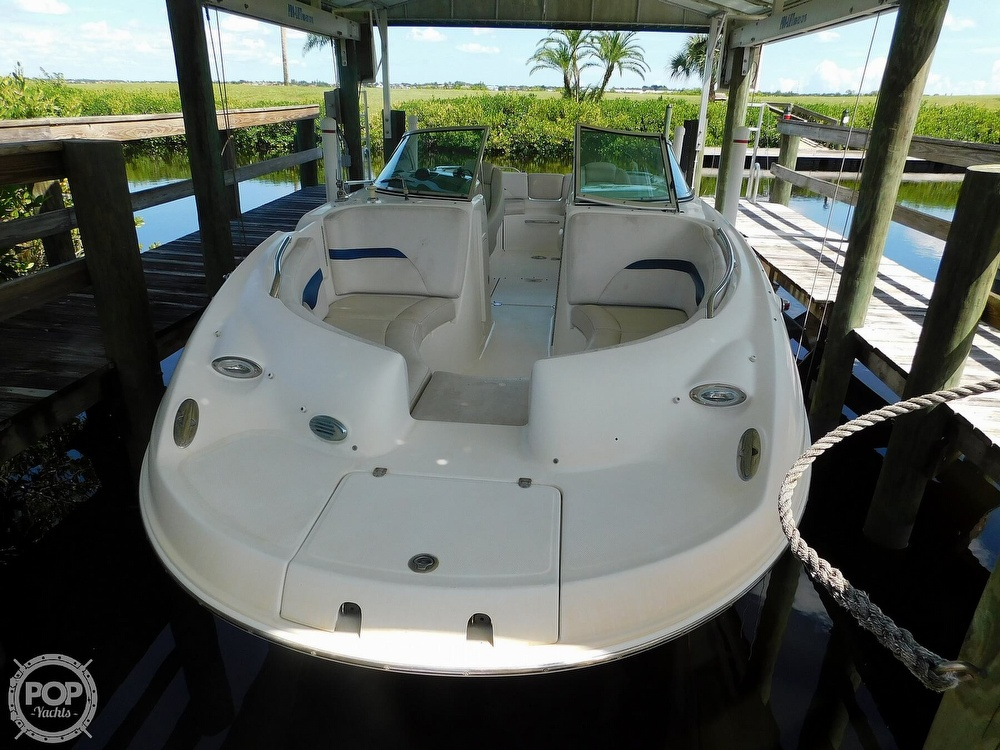 2003 Chaparral boat for sale, model of the boat is Sunesta 263 & Image # 9 of 40