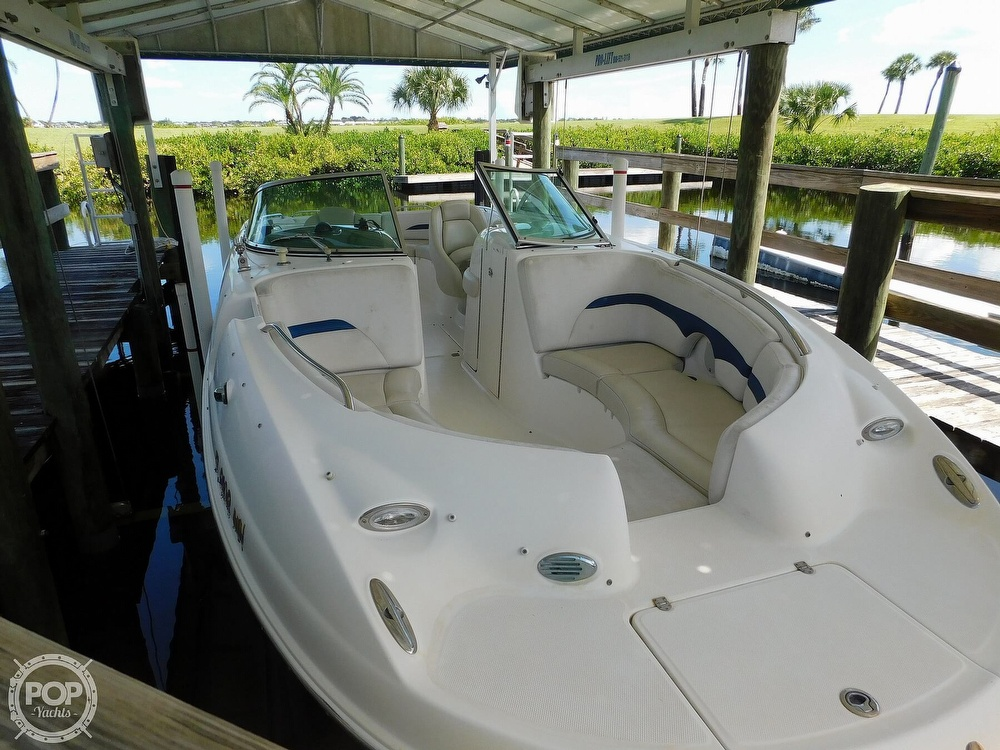 2003 Chaparral boat for sale, model of the boat is Sunesta 263 & Image # 29 of 40