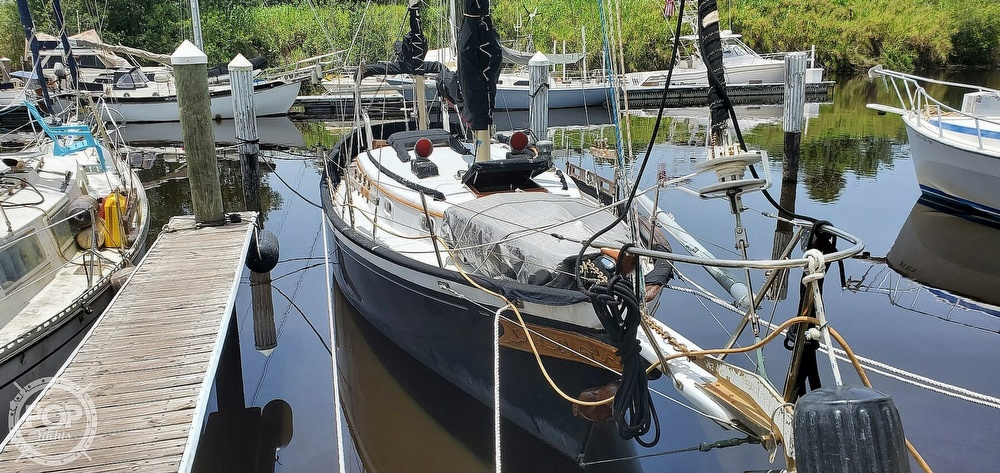 1974 Fuji boat for sale, model of the boat is 35 & Image # 15 of 40