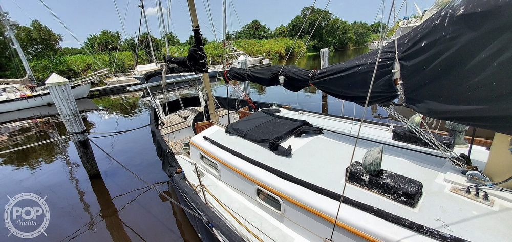 1974 Fuji boat for sale, model of the boat is 35 & Image # 33 of 40