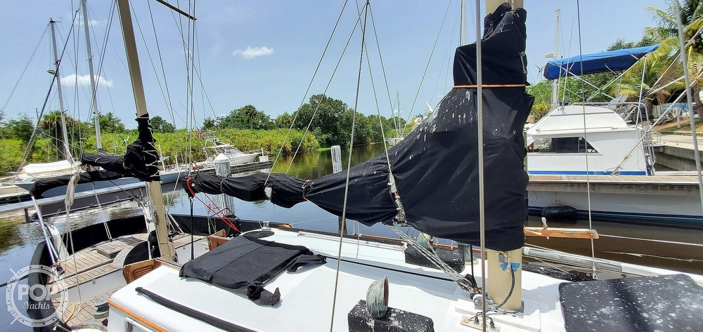 1974 Fuji boat for sale, model of the boat is 35 & Image # 34 of 40