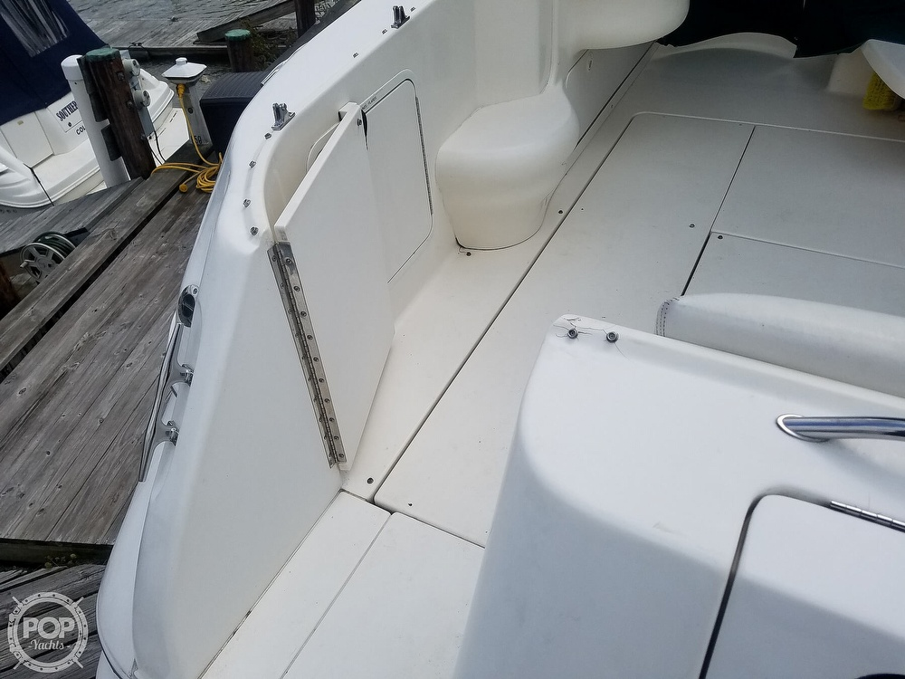 1999 Sea Ray boat for sale, model of the boat is 310 Sundancer & Image # 25 of 40