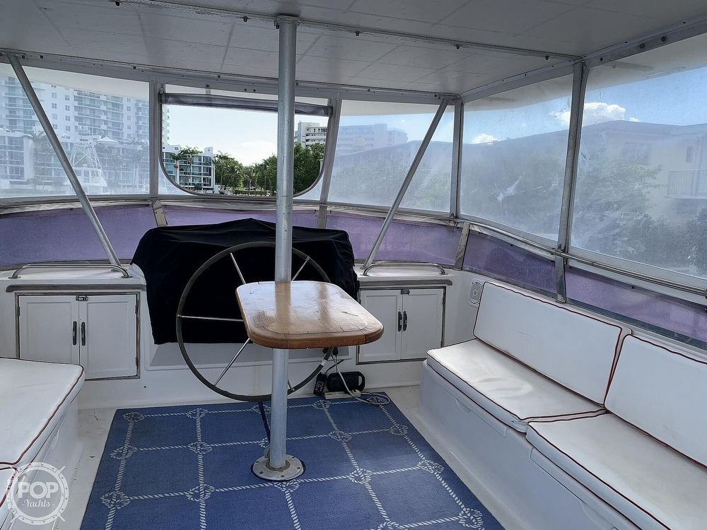 1993 Hyundai boat for sale, model of the boat is Elegant 4900 & Image # 31 of 40