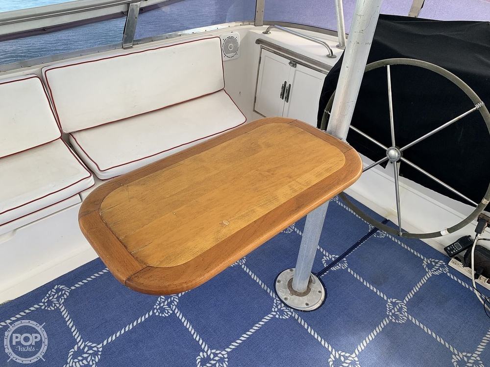 1993 Hyundai boat for sale, model of the boat is Elegant 4900 & Image # 37 of 40