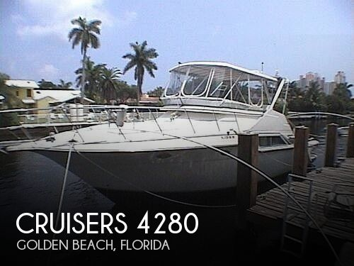 Used Boats For Sale by owner   1990 Cruisers Yachts Sedan Bridge 4280