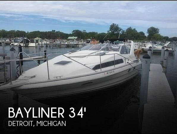 Used Bayliner Boats For Sale in Michigan by owner | 1993 Bayliner 3555 Avanti