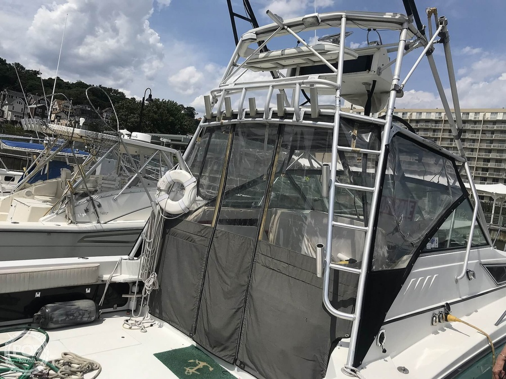 1989 Wellcraft boat for sale, model of the boat is 330 Coastal & Image # 5 of 40