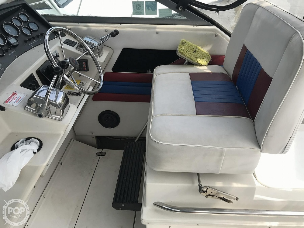 1989 Wellcraft boat for sale, model of the boat is 330 Coastal & Image # 32 of 40