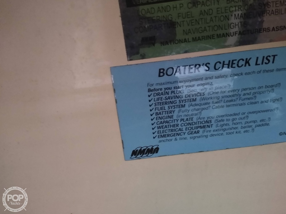 2002 Bennington boat for sale, model of the boat is 2575rlx & Image # 32 of 40
