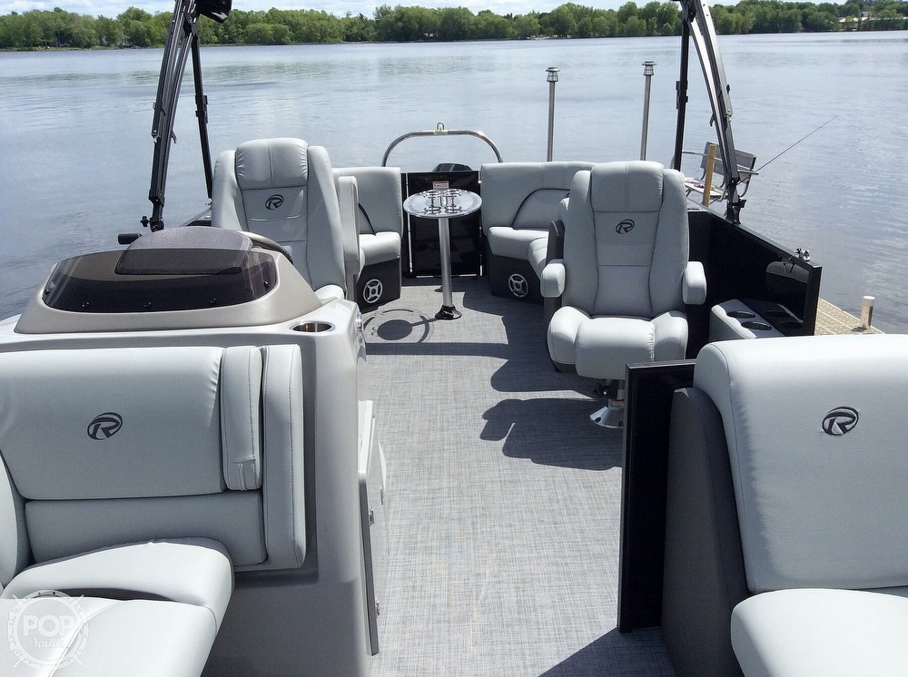 2020 Lowe boat for sale, model of the boat is 230 Retreat & Image # 6 of 8