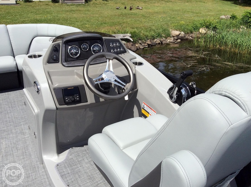 2020 Lowe boat for sale, model of the boat is 230 Retreat & Image # 7 of 8