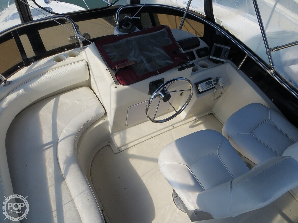 1991 Silverton boat for sale, model of the boat is 31m & Image # 2 of 40