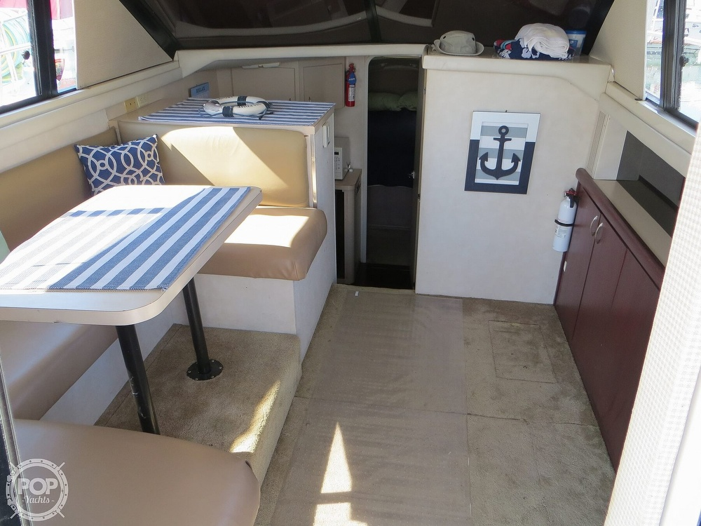 1991 Silverton boat for sale, model of the boat is 31m & Image # 5 of 40