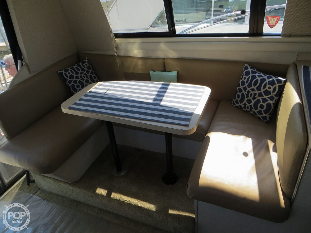 1991 Silverton boat for sale, model of the boat is 31m & Image # 6 of 40
