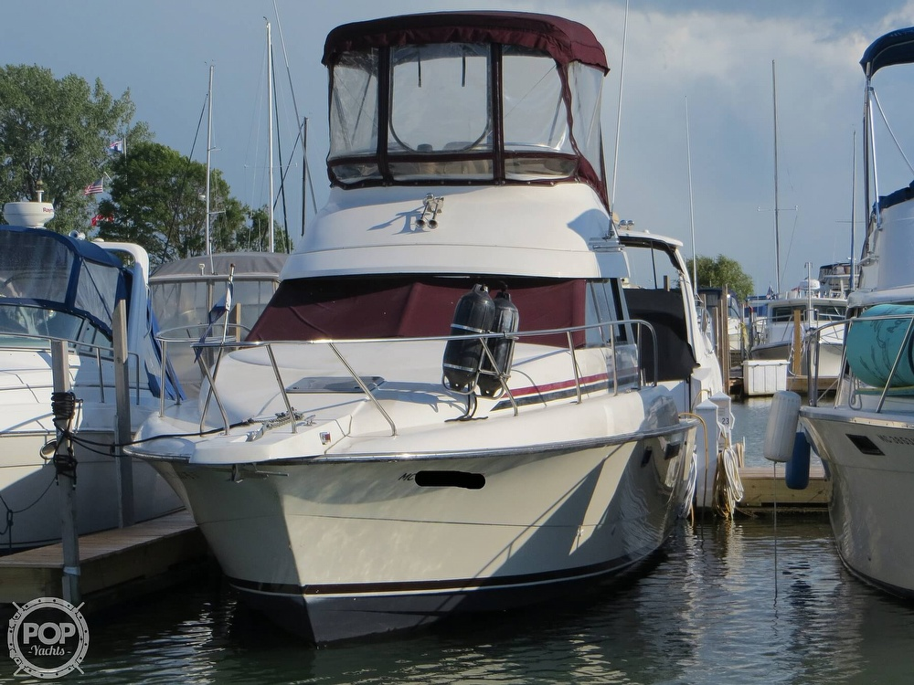 1991 Silverton boat for sale, model of the boat is 31m & Image # 14 of 40