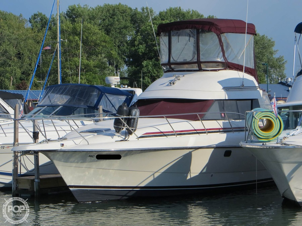 1991 Silverton boat for sale, model of the boat is 31m & Image # 15 of 40