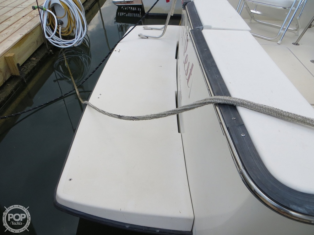 1991 Silverton boat for sale, model of the boat is 31m & Image # 30 of 40