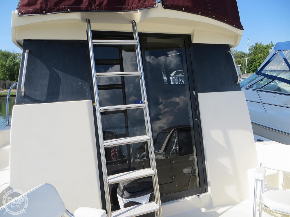 1991 Silverton boat for sale, model of the boat is 31m & Image # 33 of 40