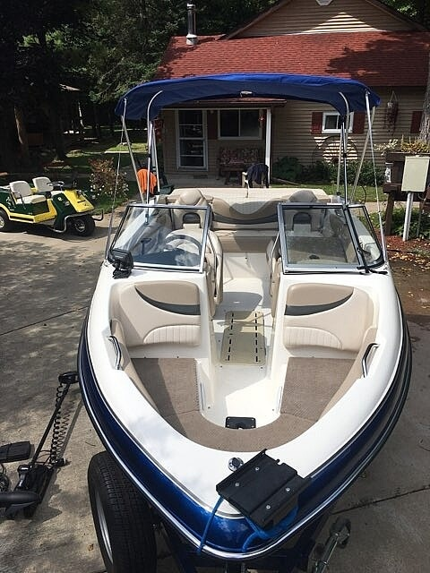 2006 Glastron boat for sale, model of the boat is GX 185 & Image # 9 of 40