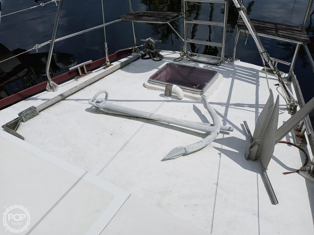 1995 Hartley boat for sale, model of the boat is Fijian Cutter Rig 44 & Image # 15 of 40