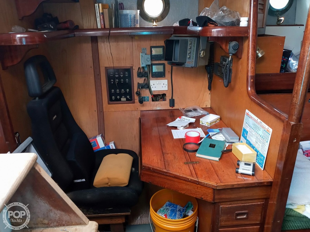 1995 Hartley boat for sale, model of the boat is Fijian Cutter Rig 44 & Image # 38 of 40
