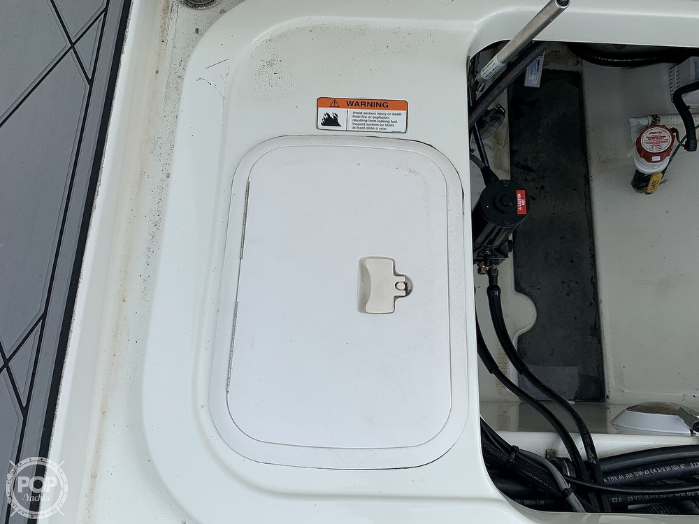 2005 Hydra-Sports boat for sale, model of the boat is 3300 Vector EXP & Image # 31 of 40