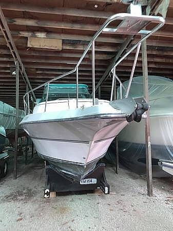1989 Cruisers Yachts boat for sale, model of the boat is Espirit 3270 & Image # 2 of 40