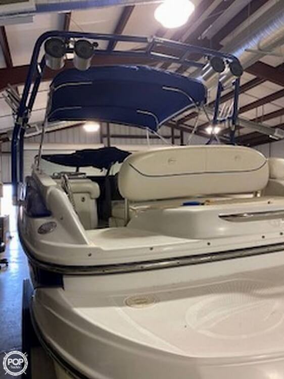 2004 Crownline boat for sale, model of the boat is 260 EX & Image # 4 of 41