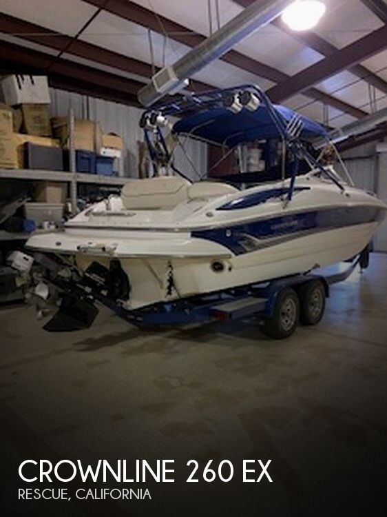 2004 Crownline boat for sale, model of the boat is 260 EX & Image # 1 of 41