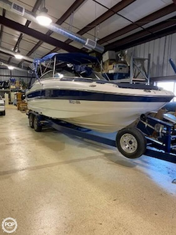 2004 Crownline boat for sale, model of the boat is 260 EX & Image # 6 of 41