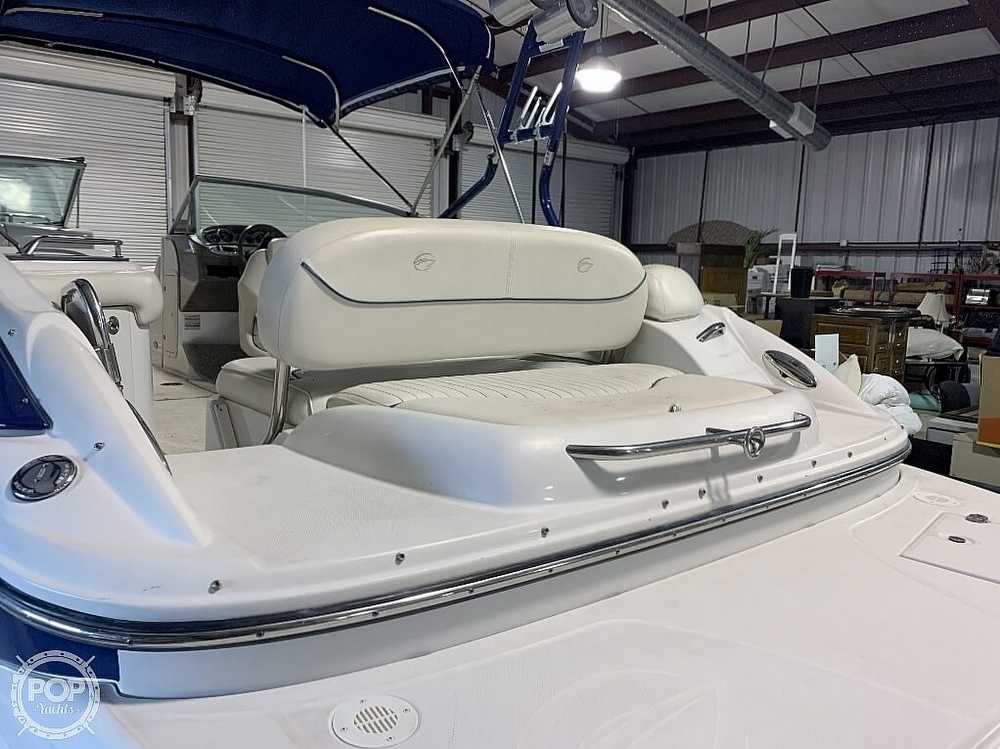 2004 Crownline boat for sale, model of the boat is 260 EX & Image # 20 of 41