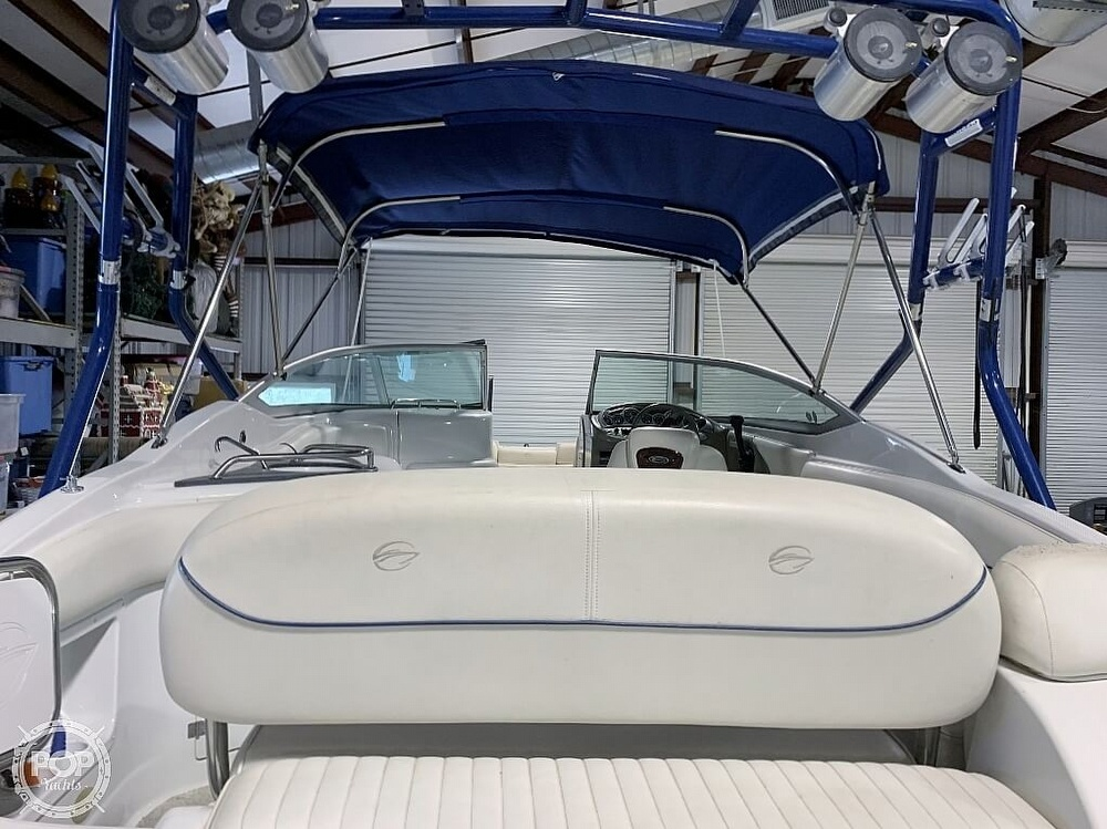 2004 Crownline boat for sale, model of the boat is 260 EX & Image # 22 of 41