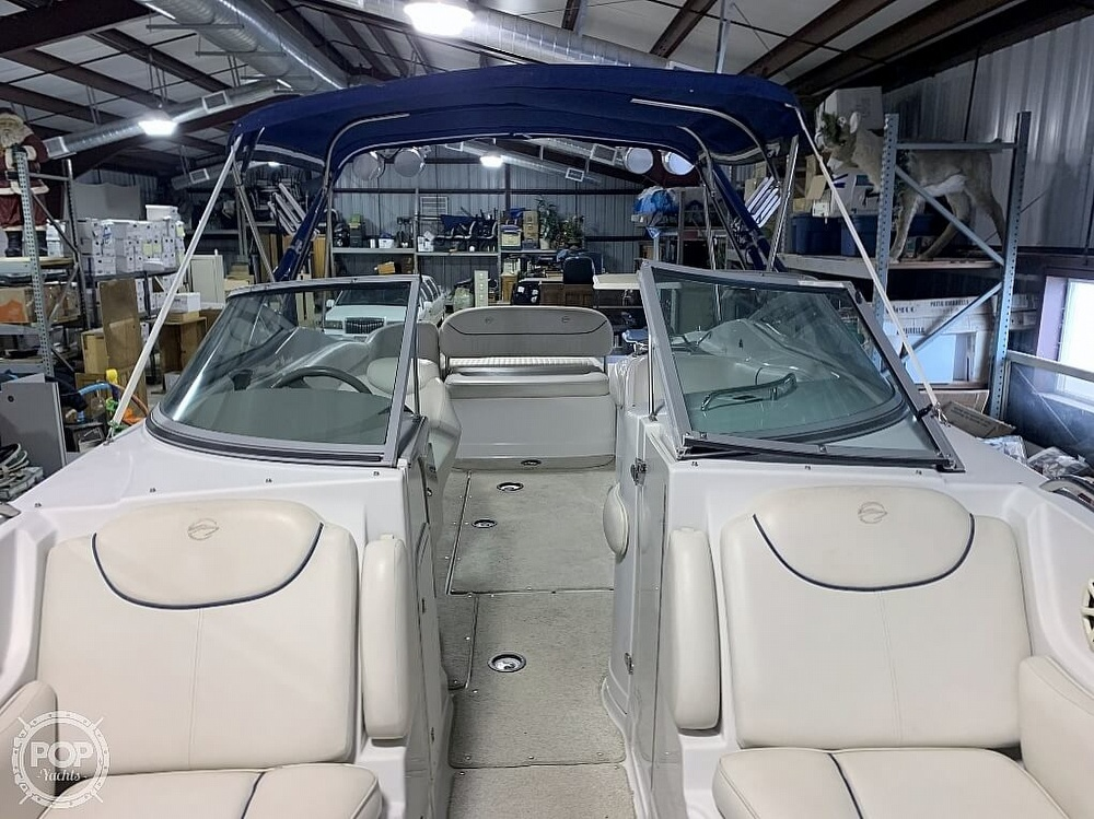 2004 Crownline boat for sale, model of the boat is 260 EX & Image # 27 of 41