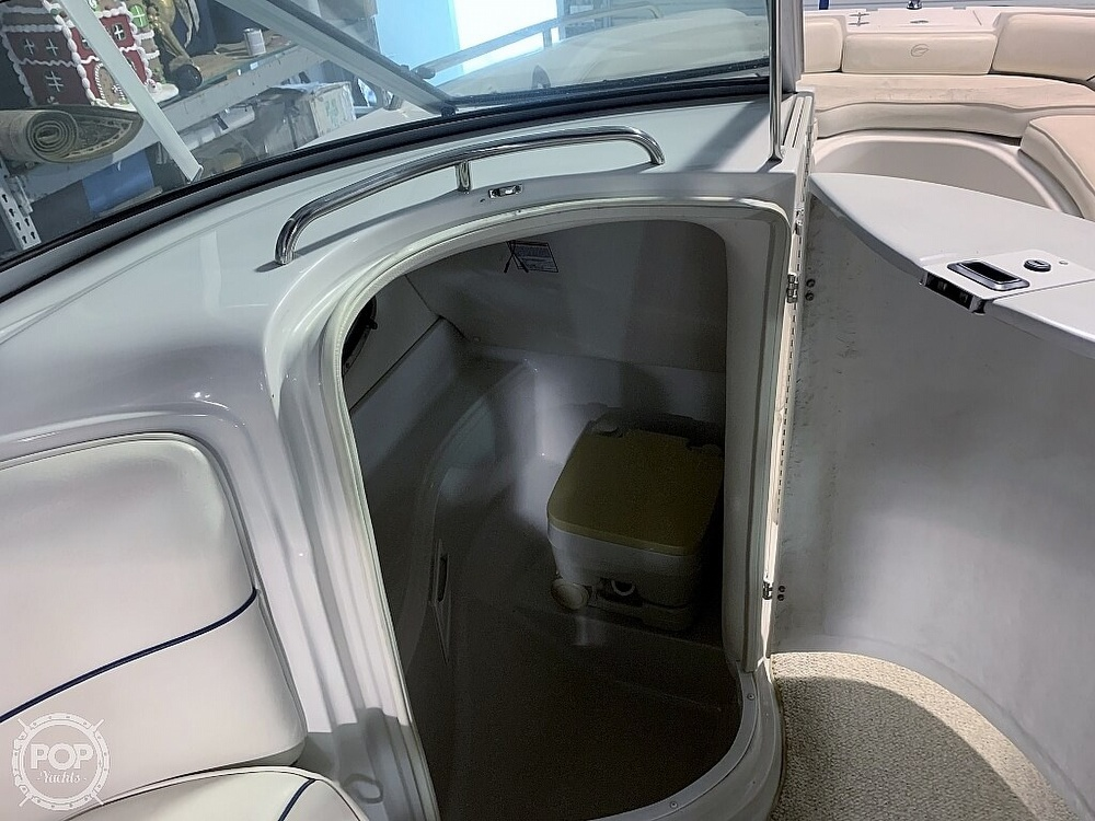2004 Crownline boat for sale, model of the boat is 260 EX & Image # 32 of 41