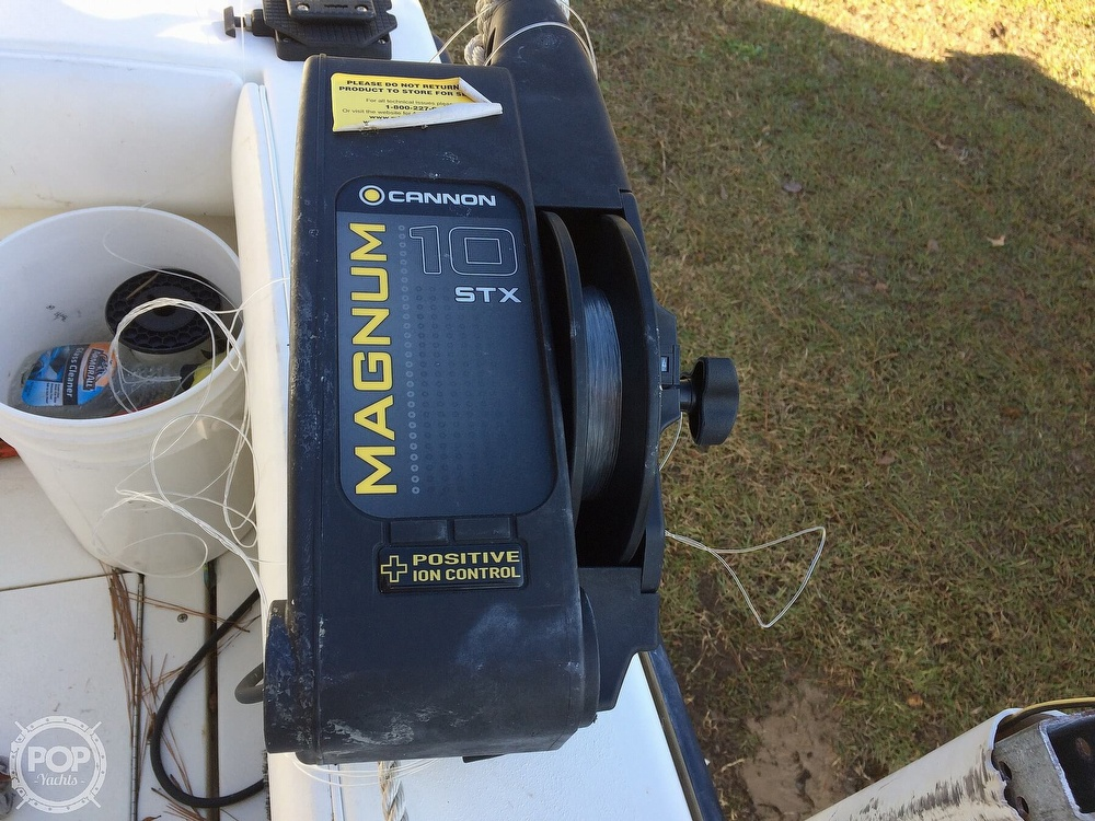 1997 Contender boat for sale, model of the boat is 25 Open & Image # 16 of 40