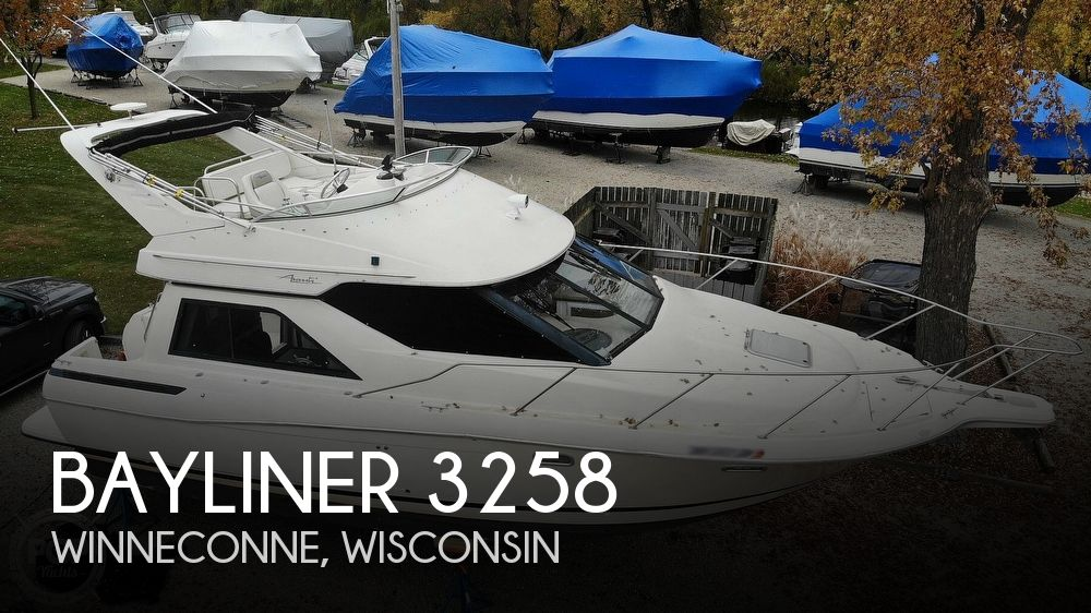1996 Bayliner boat for sale, model of the boat is Avanti 3258 & Image # 1 of 40