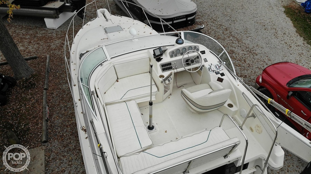 1996 Bayliner boat for sale, model of the boat is Avanti 3258 & Image # 10 of 40