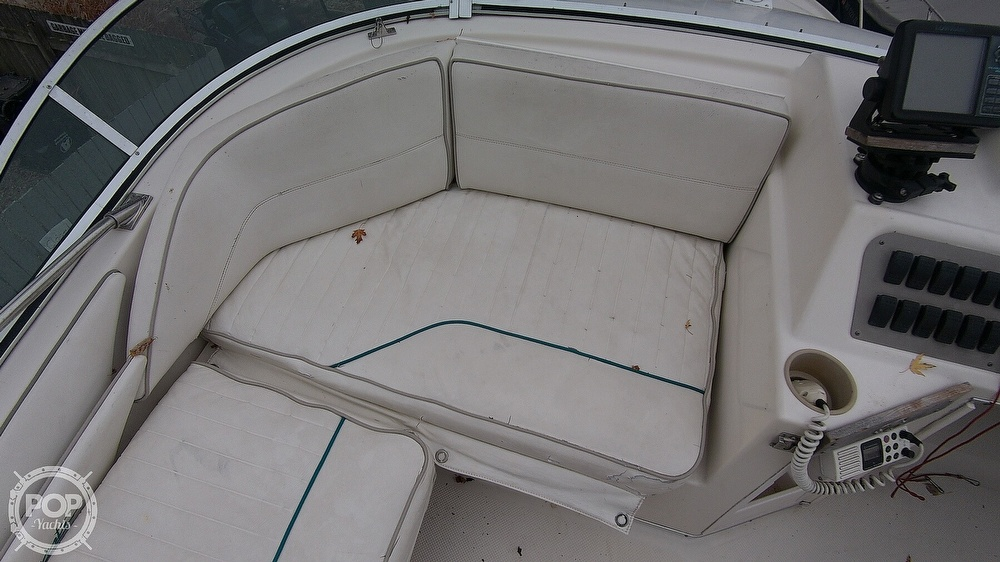 1996 Bayliner boat for sale, model of the boat is Avanti 3258 & Image # 12 of 40