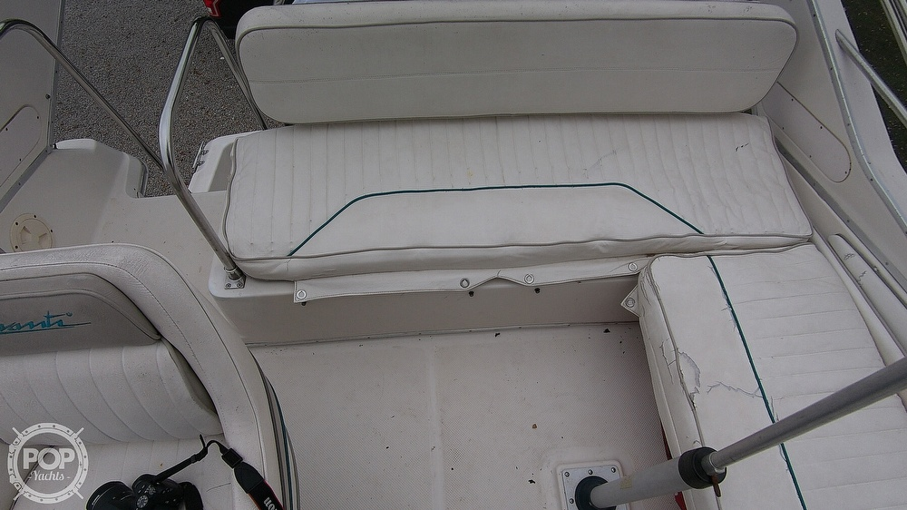 1996 Bayliner boat for sale, model of the boat is Avanti 3258 & Image # 24 of 40
