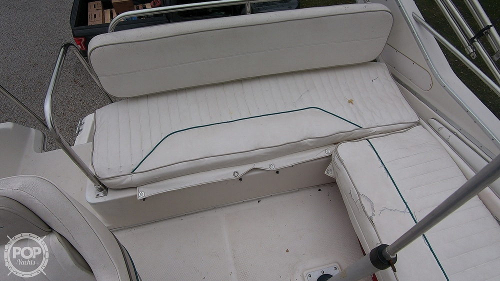 1996 Bayliner boat for sale, model of the boat is Avanti 3258 & Image # 25 of 40