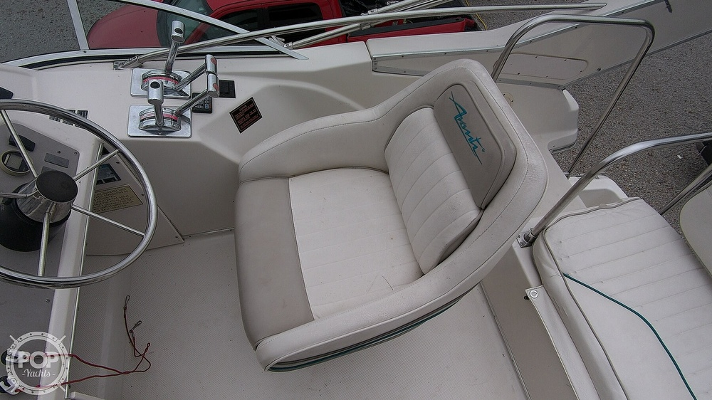 1996 Bayliner boat for sale, model of the boat is Avanti 3258 & Image # 22 of 40