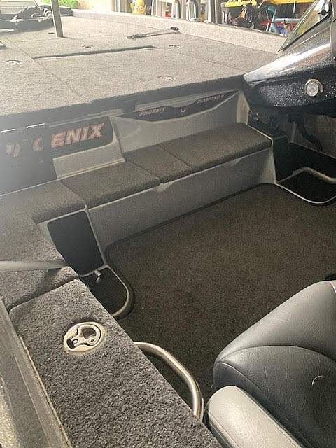 2019 Phoenix boat for sale, model of the boat is 721 PRO XP & Image # 8 of 40