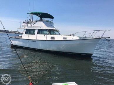 Mainship MK I, 34', for sale - $24,990