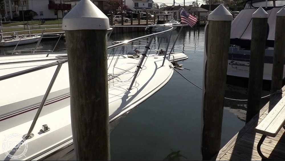 1990 Sea Ray boat for sale, model of the boat is 350 Express Cruiser & Image # 17 of 40
