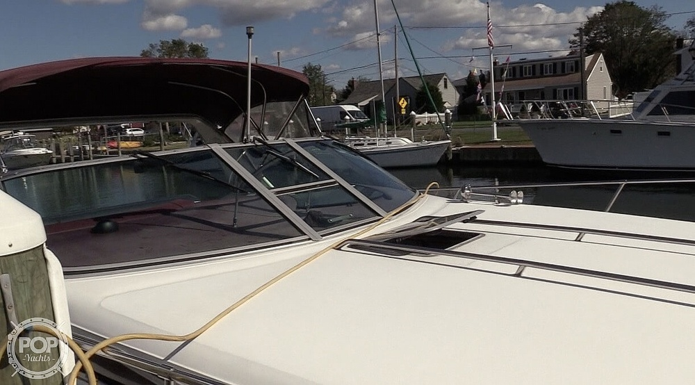 1990 Sea Ray boat for sale, model of the boat is 350 Express Cruiser & Image # 21 of 40